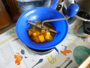 12 potiron mouliné aprés cuisson P1030503